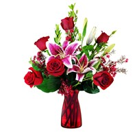 Premium-6-roses-in-a-red-vase-for-valentine-s-day